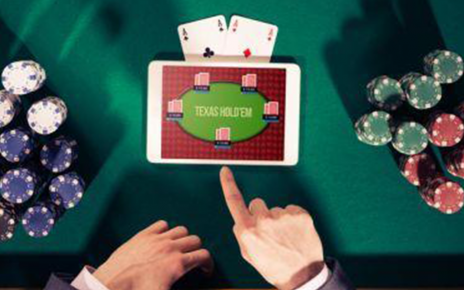 Why Is Online Poker Better Than Live Poker?
