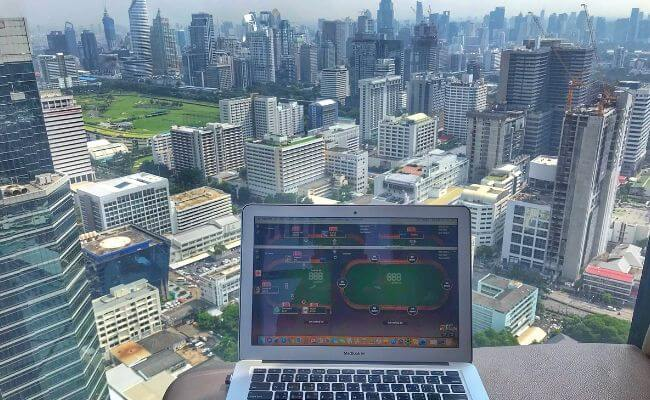 Advanced Online Poker Tips Used By Pros