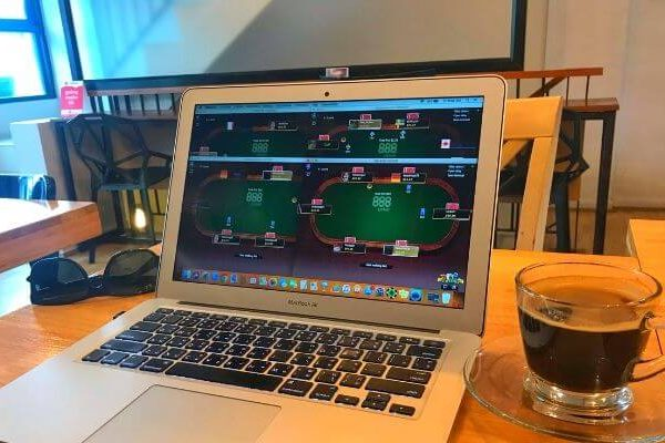 Get Playing Online Poker! 9 Tips From The Pros That Really Work